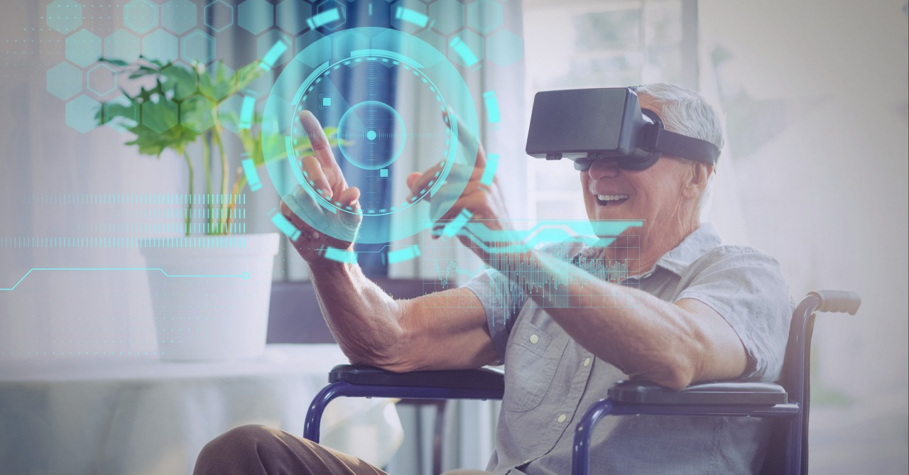 VR体験をする車いすの男性